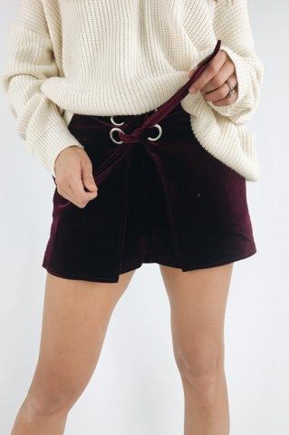 Losin' Control Shorts - Wine