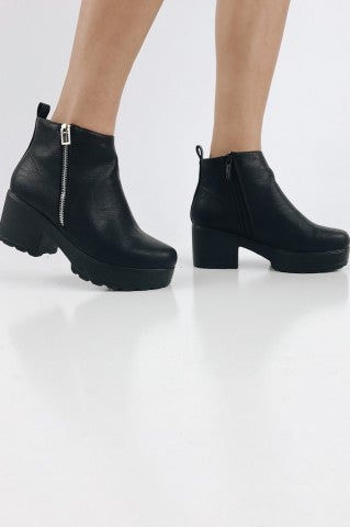 Pony Up Clog Boots - Black