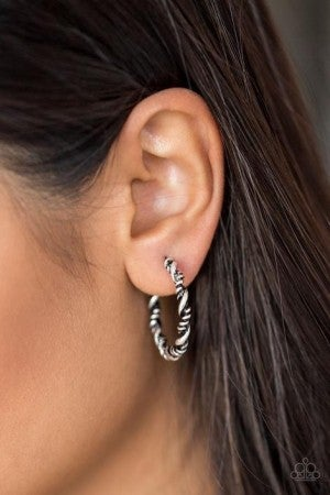 Earrings1400