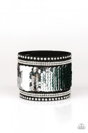 Bracelets870
