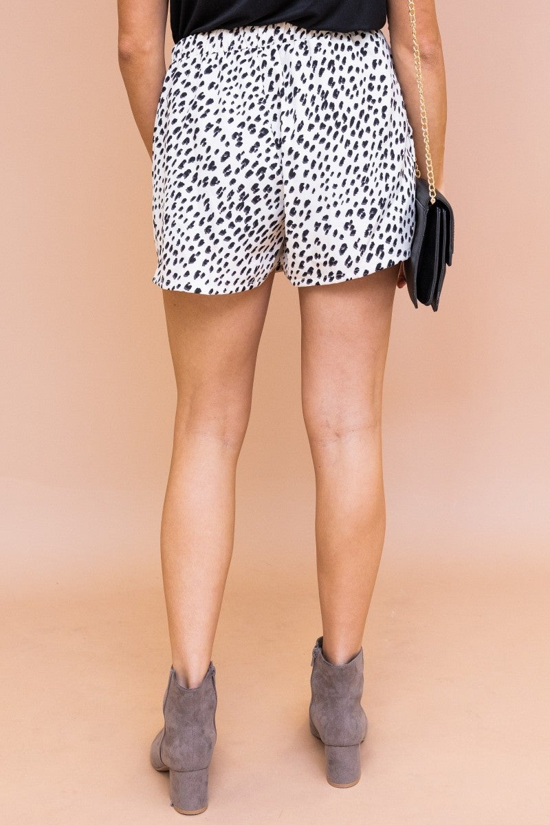 Feeling Chic Shorts