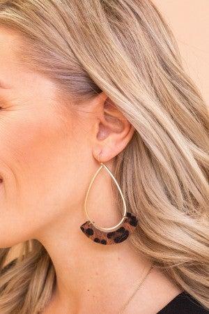 Wild Hints Earring