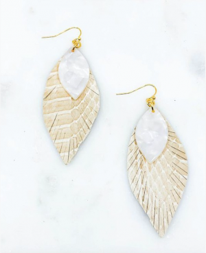 Pearl Detailed Feather Earrings