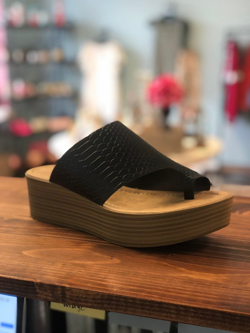 Black Snakeskin Wedge