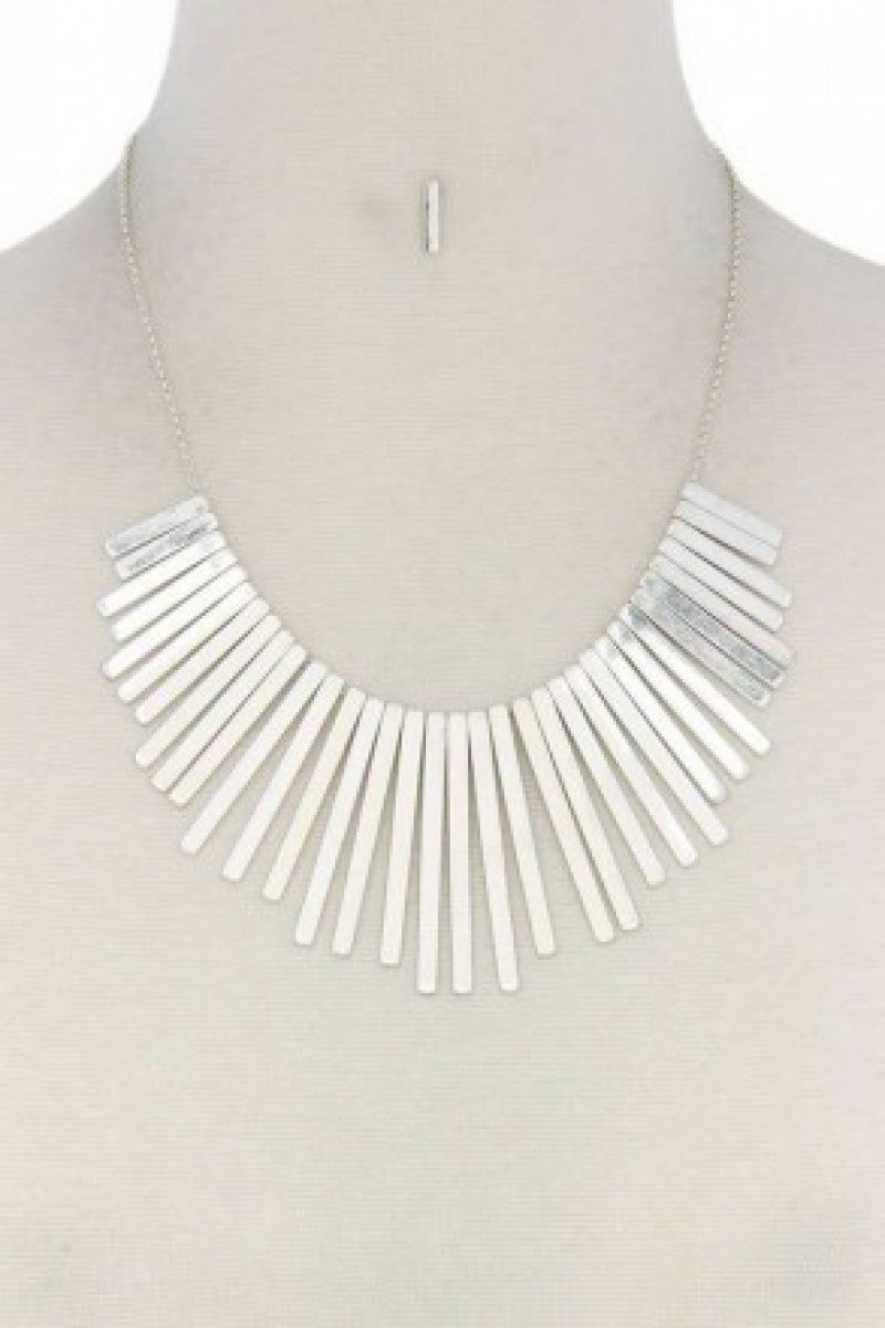 METAL BAR FASHION BIB NECKLACE