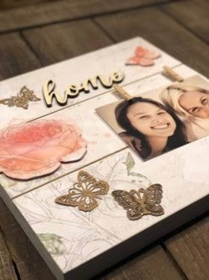 """""""Home"""" Pallet Board Photo Display"""