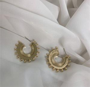 Sun Disc Exotic Bead Carving Earrings
