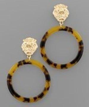 Lion Head & Acrylic Circle Earrings