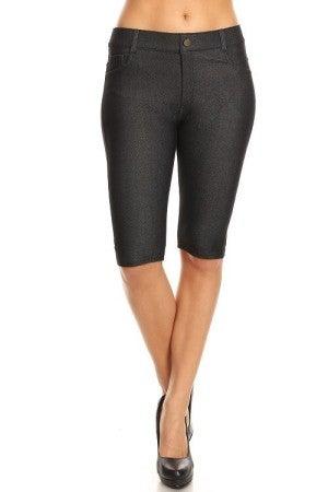 Women's Classic 5 Pocket Bermuda Shorts in Black