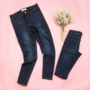 Vervet Dark Midrise Denim
