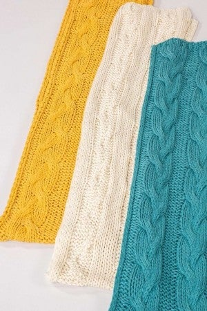 Hand-Made Cable Knit Scarf (Multiple Colors)