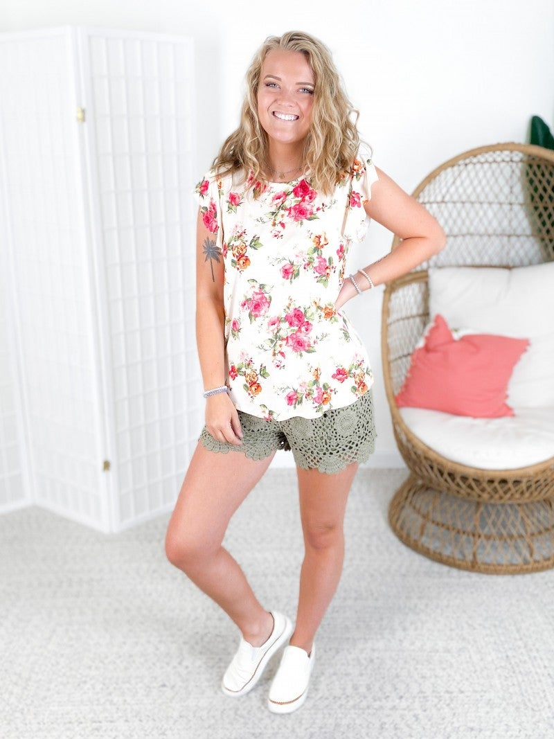 Soft Rose Floral Top with Ruffle Sleeves (Multiple Colors)