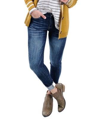 DOORBUSTER!! Plus/Reg KanCan Dark Wash Amazingness Non-Distressed Skinny Jeans