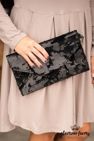 Fantasia Clutch - Black