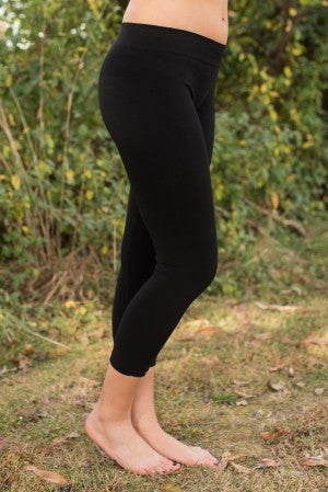 Curvy| Ahh-Mazing Basic Crop Legging - Black