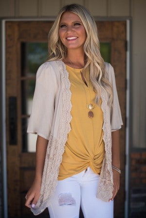 Gentle Beauty Lace Cardigan