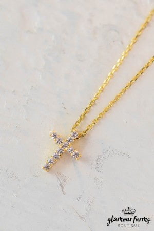 sku10765 | **Daily Deal** Cross Charm Necklace