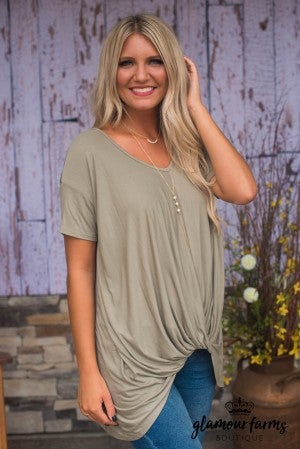 **Daily Deal** Simply Twisted Top