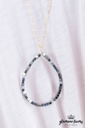 sku8055 |  Metallic Teardrop Necklace