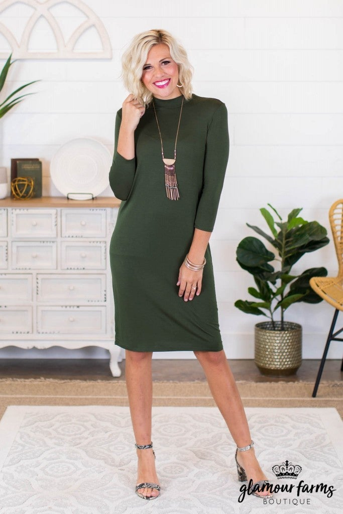 sku8923 | Mock Neck Shift Dress
