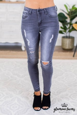 sku9827 | Distressed Skinny Jean