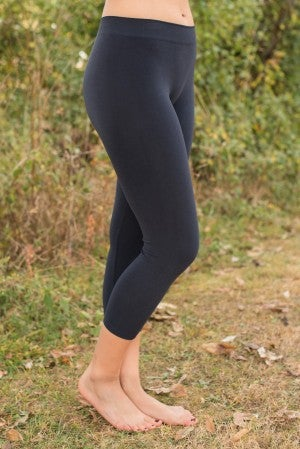 Ahh-Mazing Basic Crop Legging - Ink
