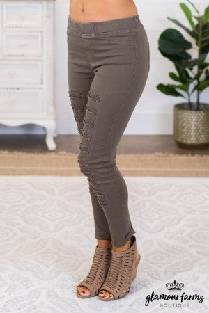 sku9801 | Distressed Jegging