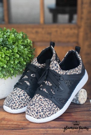 Nacara Lace Up Sneaker