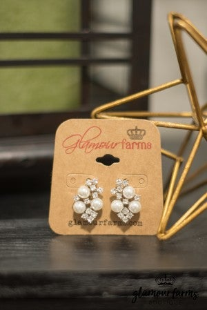 Paris Pearl Earrings