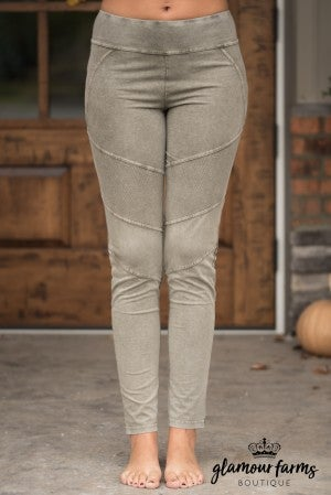 Mia Stone Washed Moto Jegging - Olive
