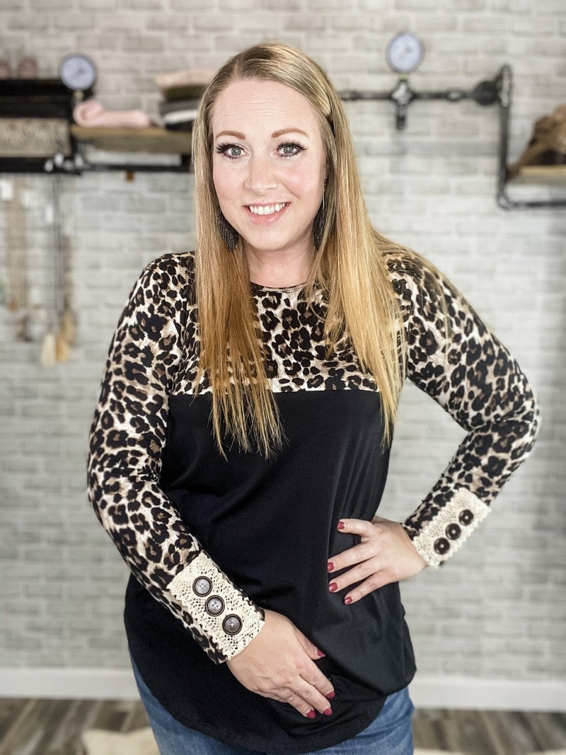 Leopard Top with Lace Trim Sleeve