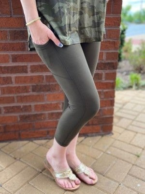 Olive Capri Pocket Leggings