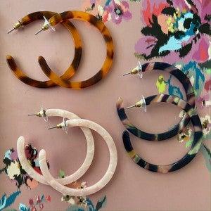 Acrylic Hoop earring Katydid