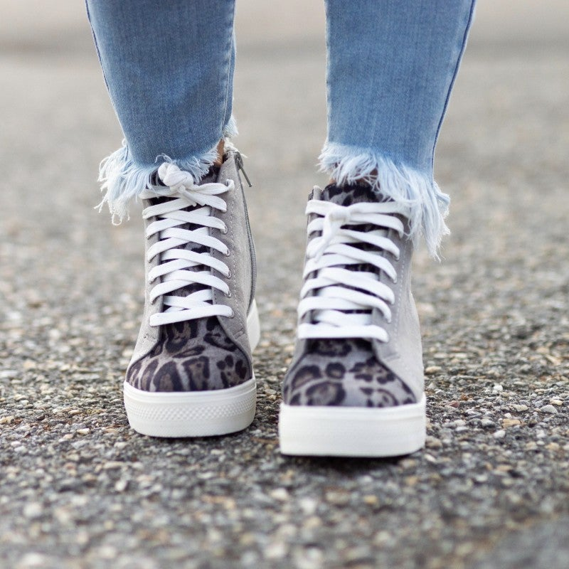 -Girl On The Go Sneakers *Final Sale*