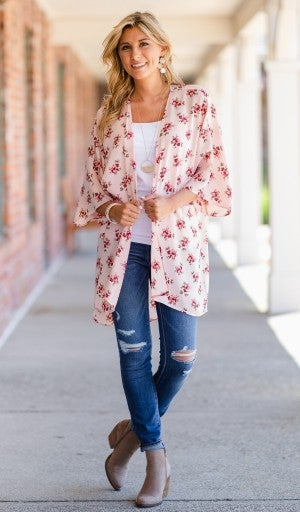 Aim To Delight Kimono, Pink Floral