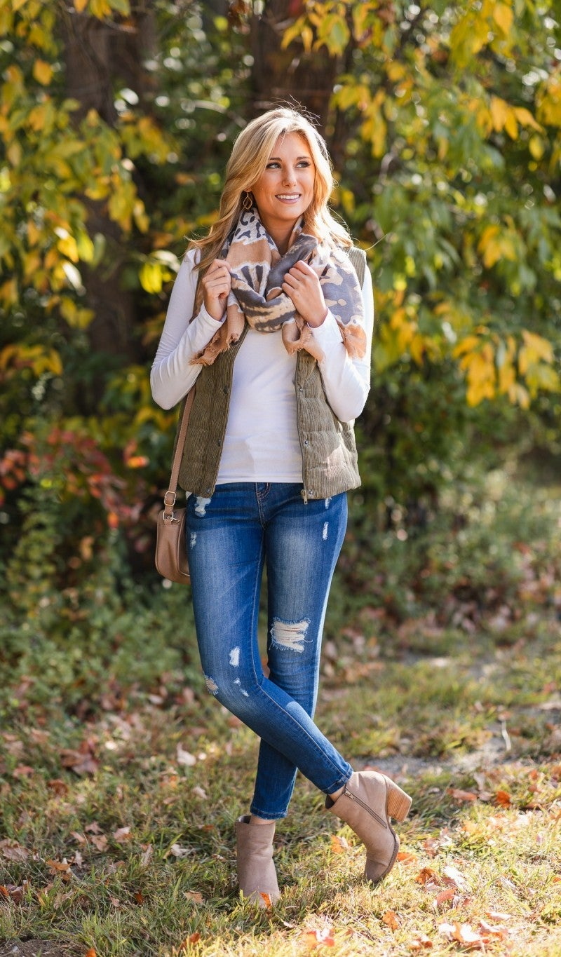 Fall Travels Vest, Olive