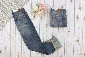 Relaxed Fit Distressed Judy Blue Jeans