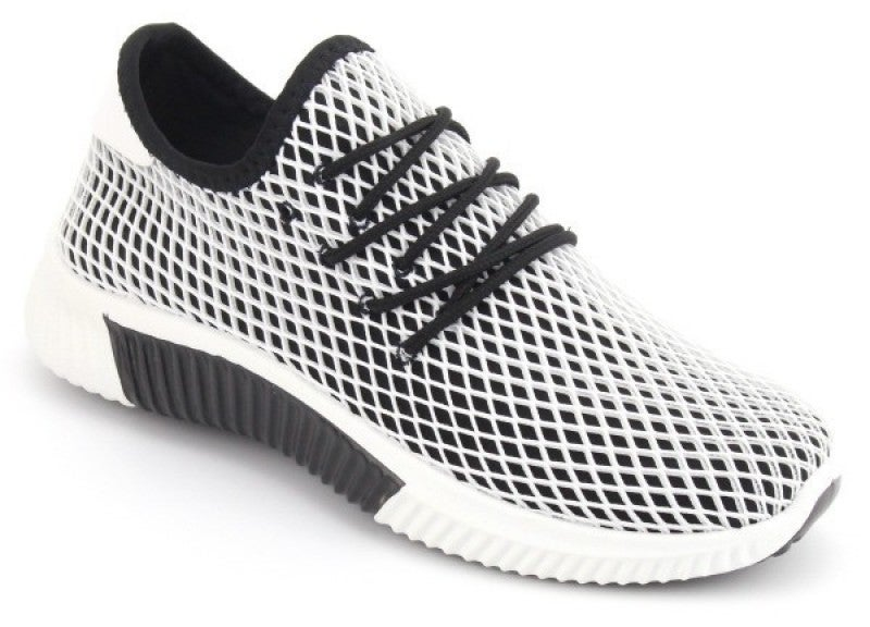 Black and White Mesh Sneaker