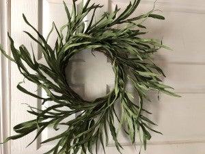 Long Stem Dark Green Wreath