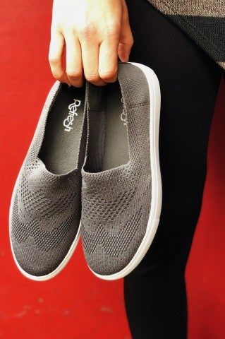 Evelyn Slip on - Charcoal