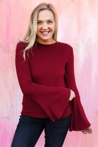 Doorbuster - Semi Belle Top - Crimson