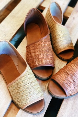 One Step Woven Wrap Flat