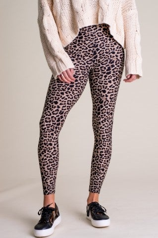 Untamed Hearts Leggings