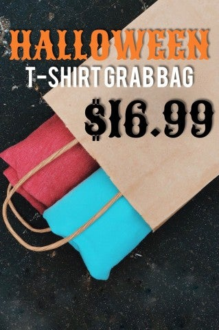 Halloween Grab T-shirt Bag