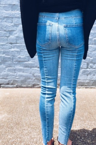 Pull It Together Skinnies- Denim