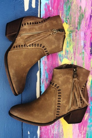Faultline Bootie - Taupe