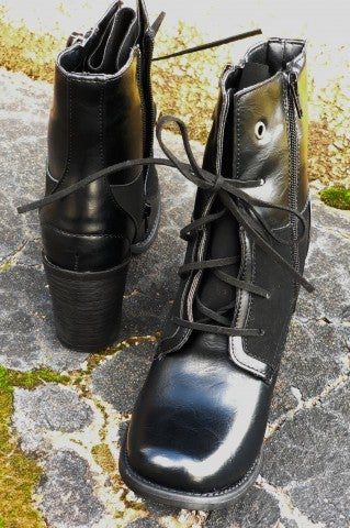 The Dismal Boot - Black