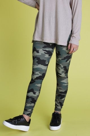 Feel So Good Camo Leggings
