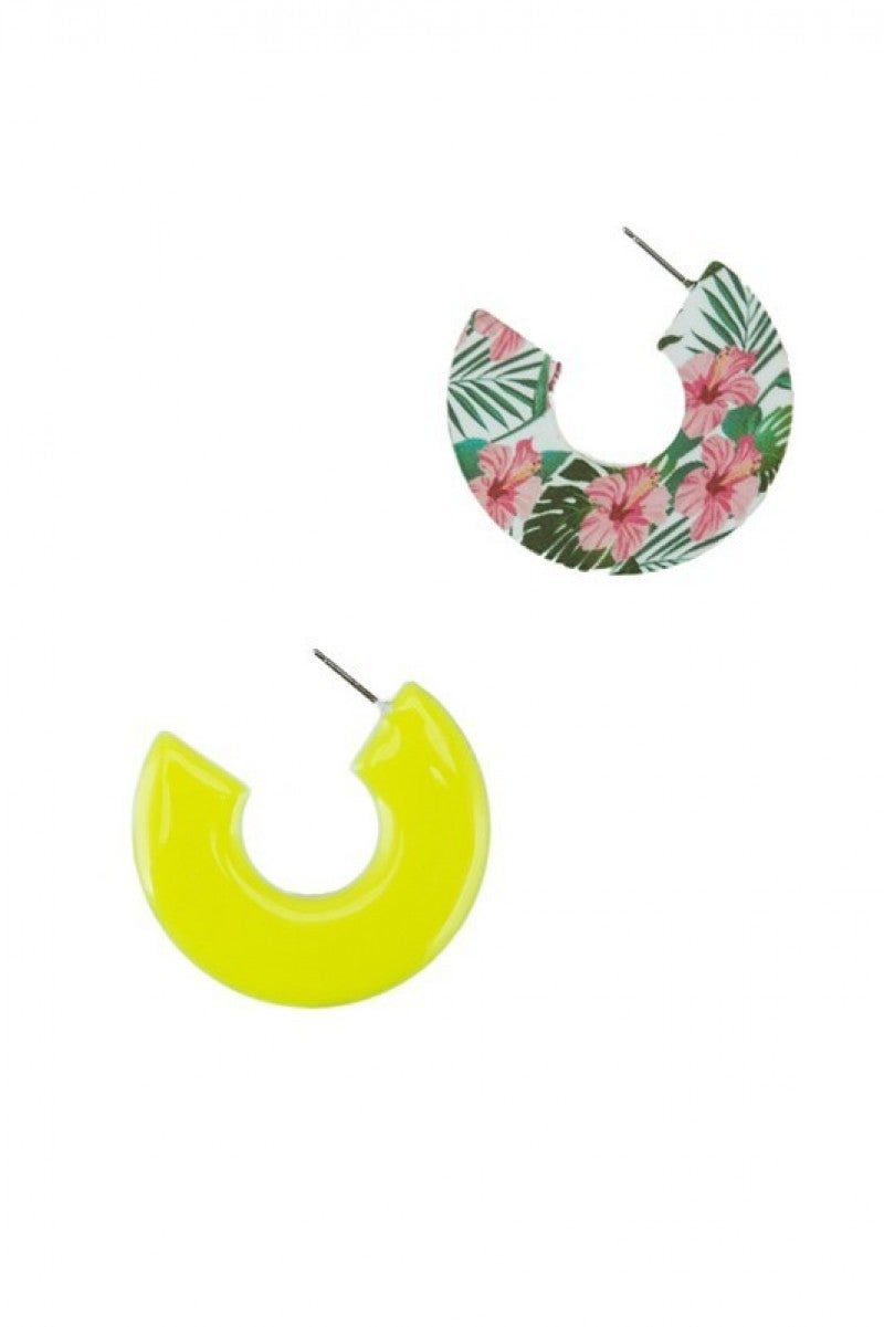 Palms Trees & Hibiscus C-Shaped Earrings In Yellow