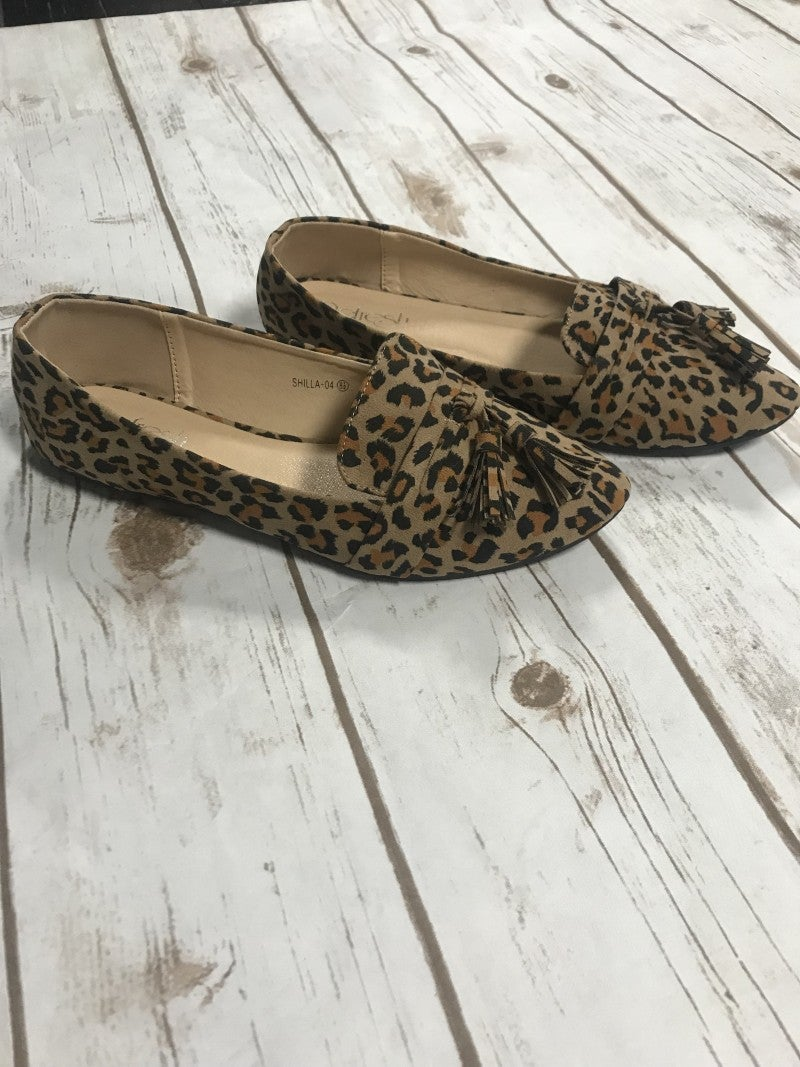 Walk This Way Leopard Flats